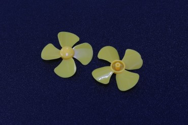 Plastic Four-Leaf Propeller ( 1.5*60mm )