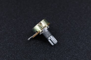 WH148 Linear Potentiometer ( B100KΩ )